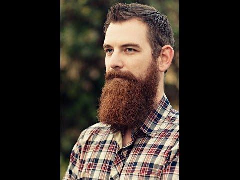 mężczyzna z długą brodą